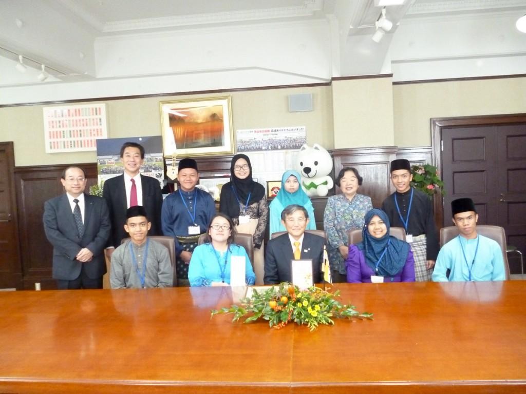 和歌山県知事にお会いするため和歌山県庁経表敬訪問